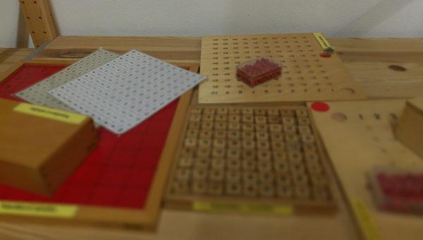 Na návštěvě v Montessori 1: rozdíly