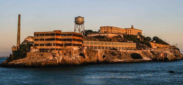 Alcatraz na školách anebo prohibice energeťáků